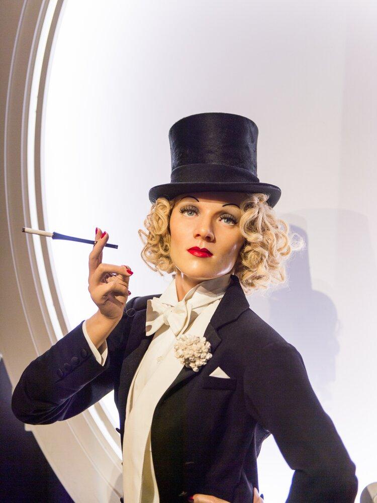 Marlene Dietrich wax statue